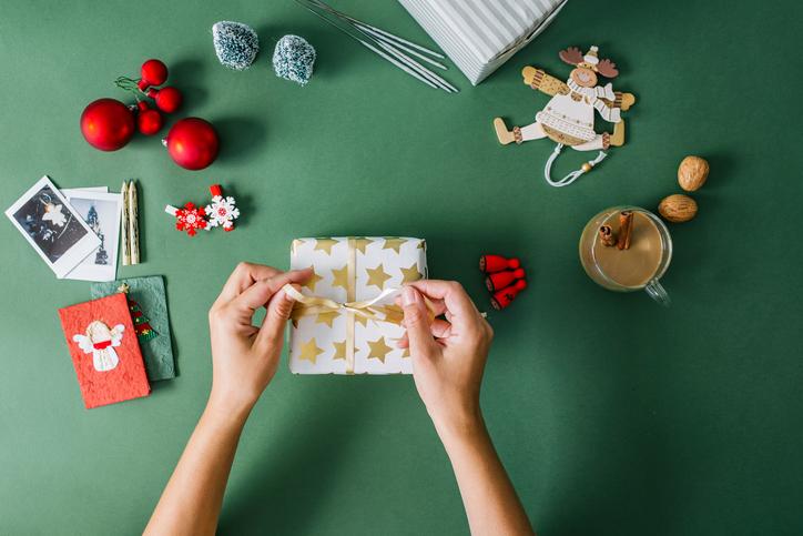 Adventi Megoldások #4 – Karácsonyi csomagolás ízléssel! Mutatjuk a legújabb módszereket