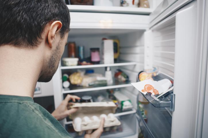 Rossz szag a hűtőben – Most megszabadulhatsz tőle