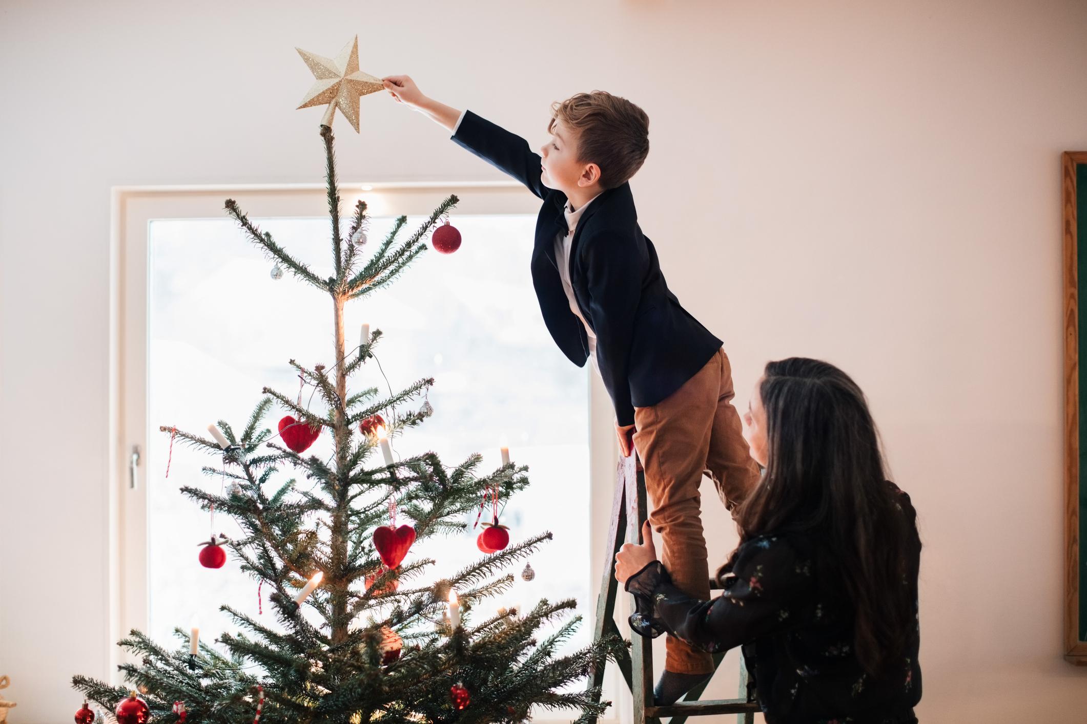 hogyan díszítsünk karácsonyfát