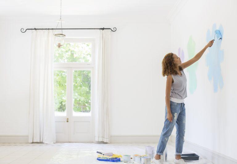 Festés tapétára – Ezeket kell tudnod róla, hogy biztosra menj