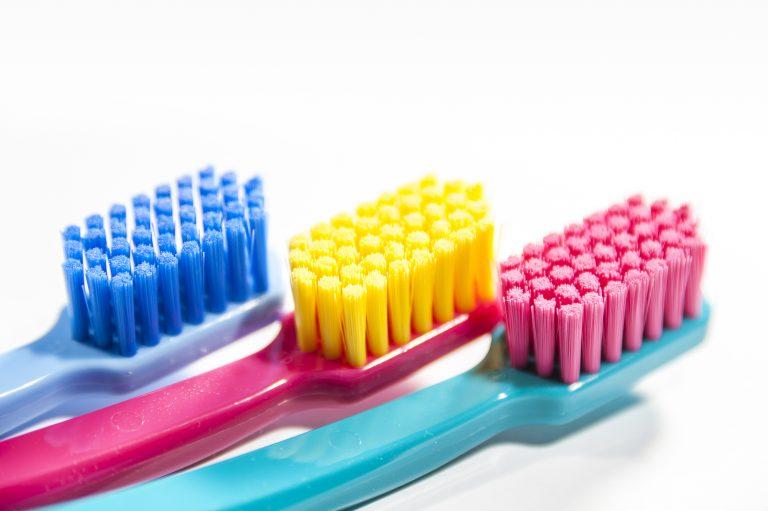 A fogkefe nemcsak fogmosásra jó – Remek takarítóeszköz is egyben