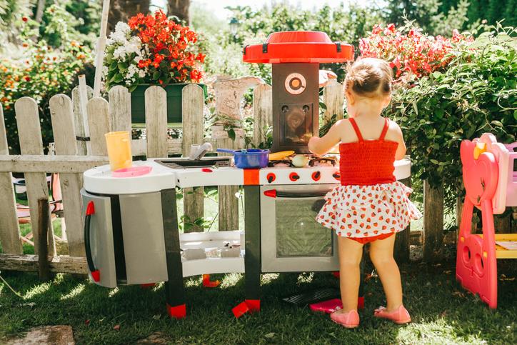 Fa vagy műanyag kerti játék? – Ez itt a kérdés