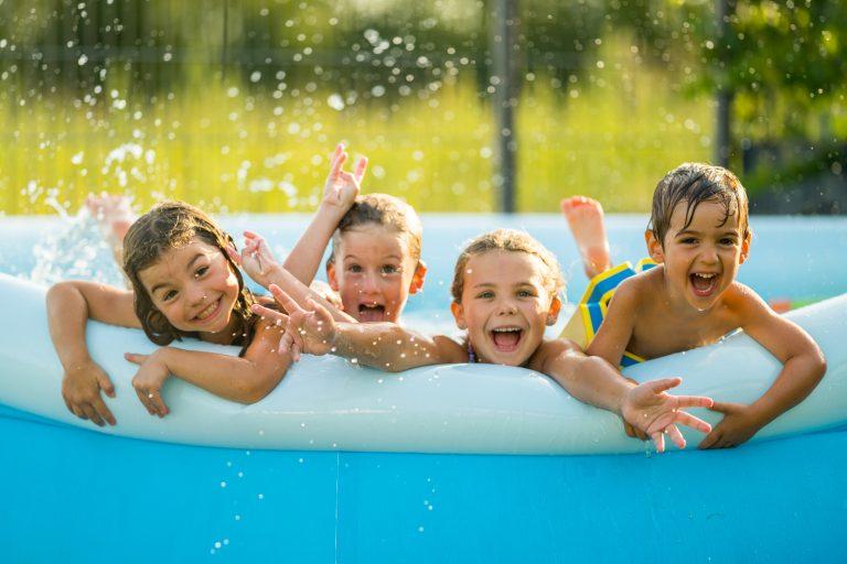 Így válassz biztonságos medencét a gyereknek, hogy szuper legyen a nyár