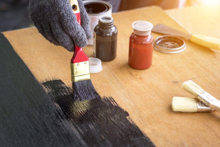 DIY fa konyhabútor festése – Ezekre ügyelj, ha egyedül vágsz bele