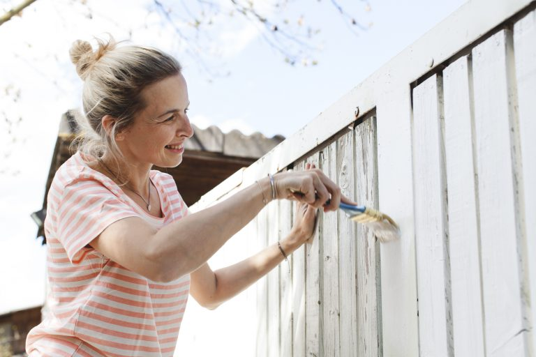 Kerítésépítés okosan – Ezeket fontold meg, mielőtt munkához látsz