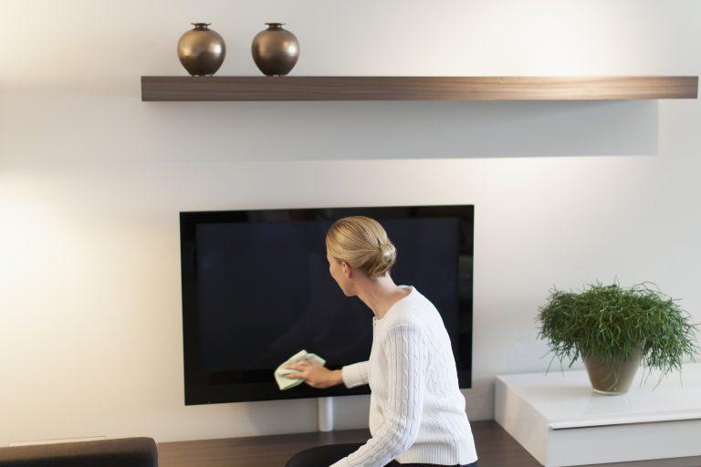Így tartsd tisztán a tévét – Extra tippek egy szakértőtől