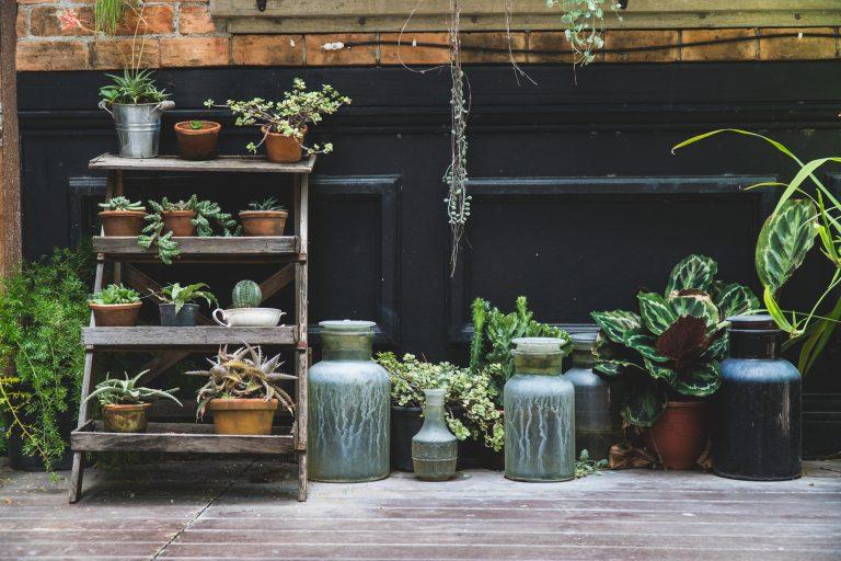 Kerti dekorációk – Ha már unod a kerti törpéket