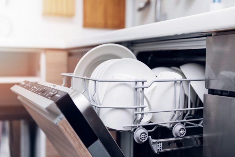 5 tipp a makulátlan mosogatógép érdekében – Így mindig működni fog