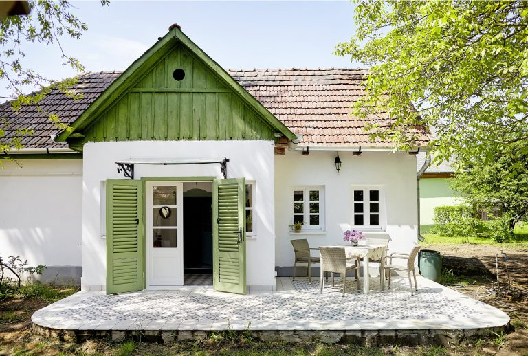 Babaház Szatmárban – Nem játék, de csoda szép