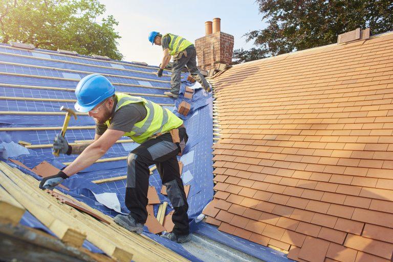 Milyen tető alapanyagot válassz? Segítünk!