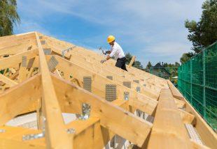 4 tipp, hogyan védd meg a tetőd a viharkároktól