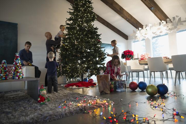 9 ütős tipp, hogyan öltöztesd fel karácsonyra a nappalidat