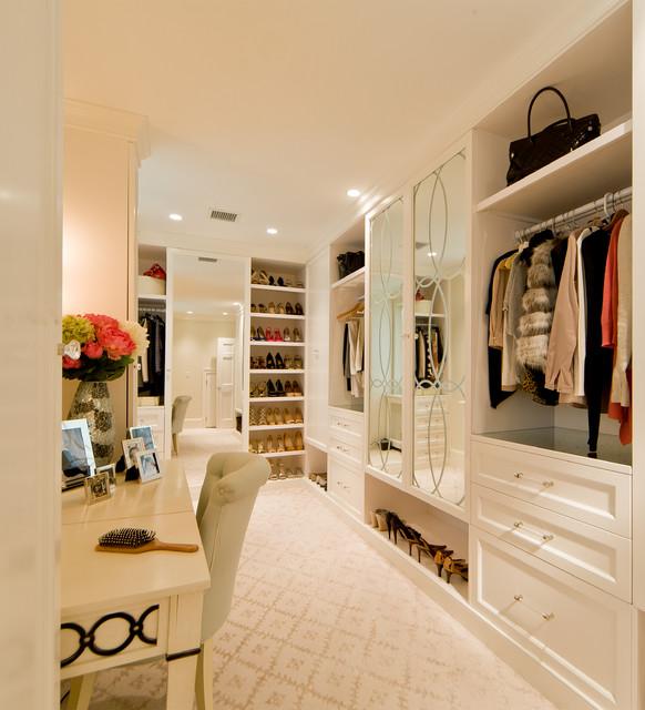 A legjobb gardróbszoba ötletek – Varázsolj különleges helyet ruháidnak!