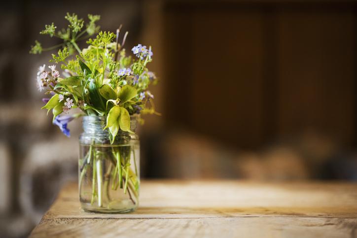 6 bájos tavaszi dekorációs ötlet – Készíts izgalmas és lélegzetelállító virágcsokrot