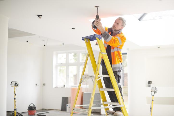 Álmennyezet kell a lakásodba? Ezeket a megoldásokat látnod kell!