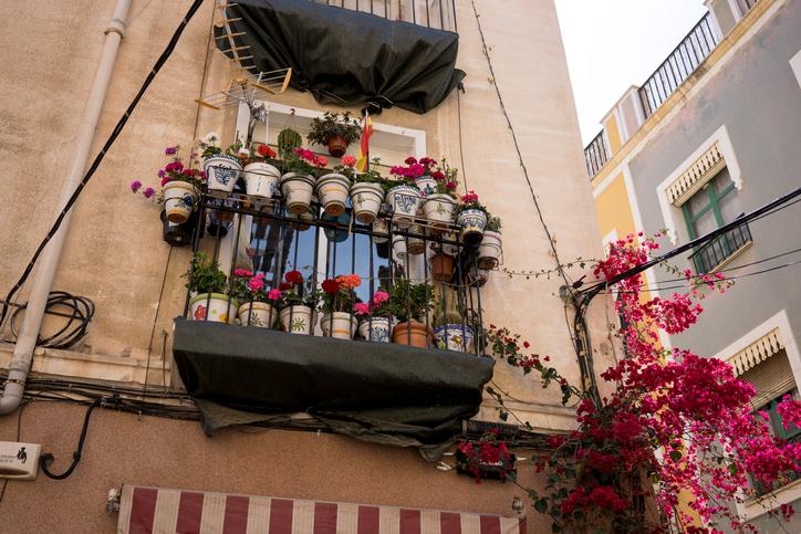 Mediterrán hangulat utazás nélkül? – Mutatjuk az alapkellékeit