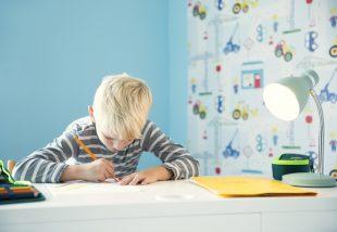 A legszebb íróasztalok iskolásoknak, melyek mellett garantáltan öröm a tanulás