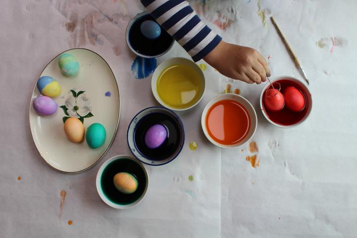 A 3 legmenőbb húsvéti tojásfestési technika, amit látnod kell