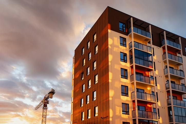 Az erkély üvegezés előnyei – Ezért érdemes beépítened
