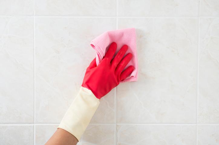 A legjobb praktikák a csempe és a fuga tisztítására – Próbáltad már ezeket?