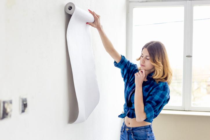 10 hiba, amit tapétázás közben elkövethetsz – Tuti tippek a gyönyörű falakért