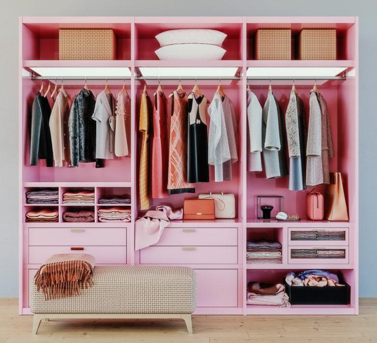 """Öltöztesd fel az öltözőszekrényt! Avagy """"csináld magad"""" a gardóbajtó dekorációját"""