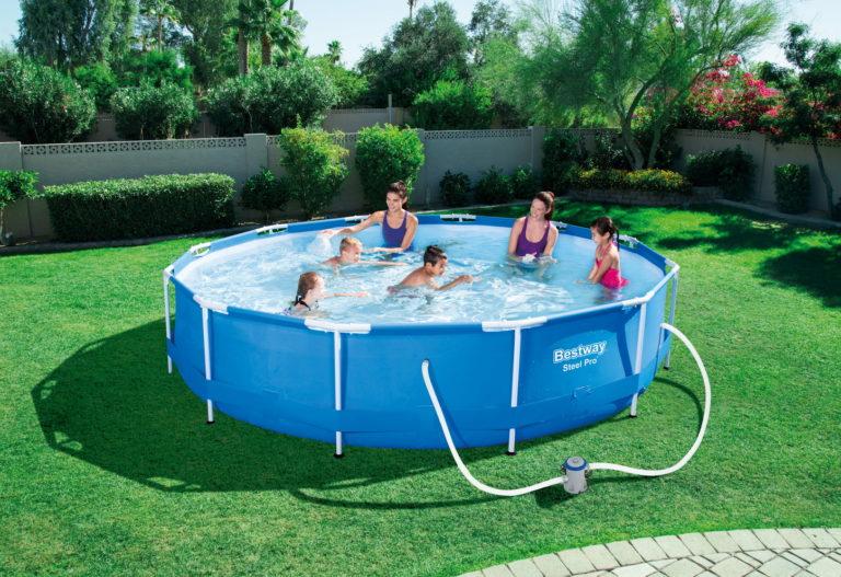 Otthon nyaralni a legfelsőbb szinteken – Íme, a legjobb kerti medencék!