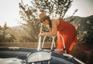 Így takarítsd a medencéd! – Medence karbantartási kisokos kezdőknek