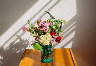 Ezekkel a trendi vágott virágokkal dekoráld otthonod, hogy jobb kedvre derítsd magad