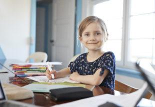 Iskolás gyerekszoba kialakítása – Ezeket a tényezőket mindenképp vedd figyelembe