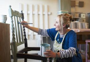 Bútorfelújítás 4 lépésben – Így varázsold újjá a fabútort
