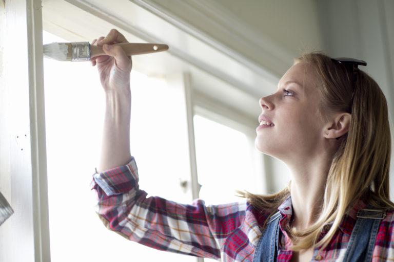 Ráférne az ablakaidra egy kis frissítés? Így láss hozzá, hogy olcsón és egyszerűen megúszd