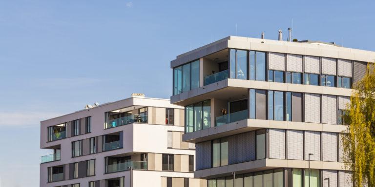 Erkély és terasz közötti különbség – Tegyük tisztába a dolgokat!