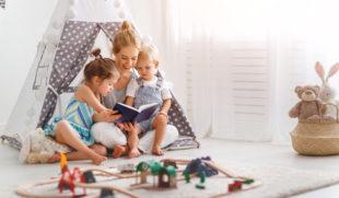 Az igazi családi program: sátorozás a gyerekszobában