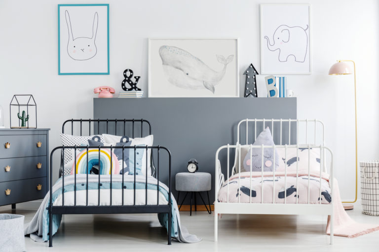 Két gyerek egy szobában – Lakberendezési ötletek a közös élettér kialakításához
