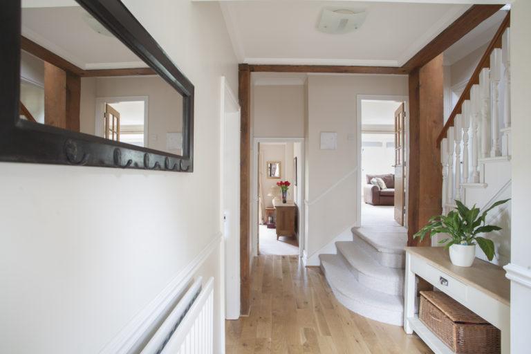 5 tipp, hogy úgy tűnjön a lakásod, mintha lakberendező tervezte volna