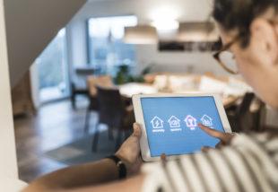 Így építs ki okos otthont, hogy a telefonoddal irányíthass mindent