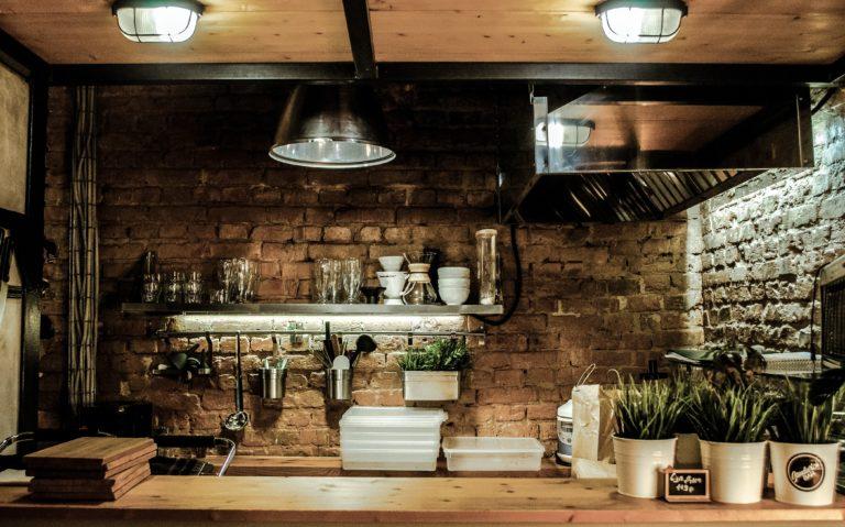 Dekorációs ötletek kőburkolatra a lakás bármely pontjára – GALÉRIA
