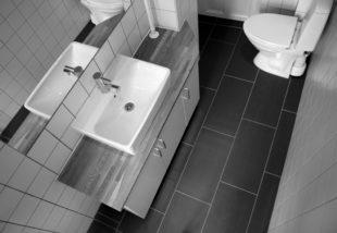 Panel fürdőszoba dekoráció – Ezek az ötletek még a helyet sem foglalják