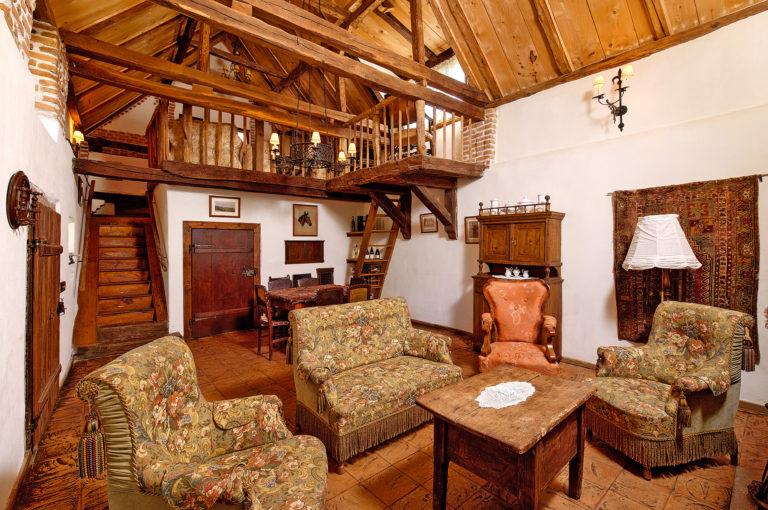 Hercegi menedékház – Károly herceg erdélyi magánháza