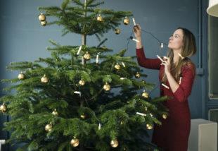 Karácsonyfa díszítése – Ebben a sorrendben tedd fel a díszeket