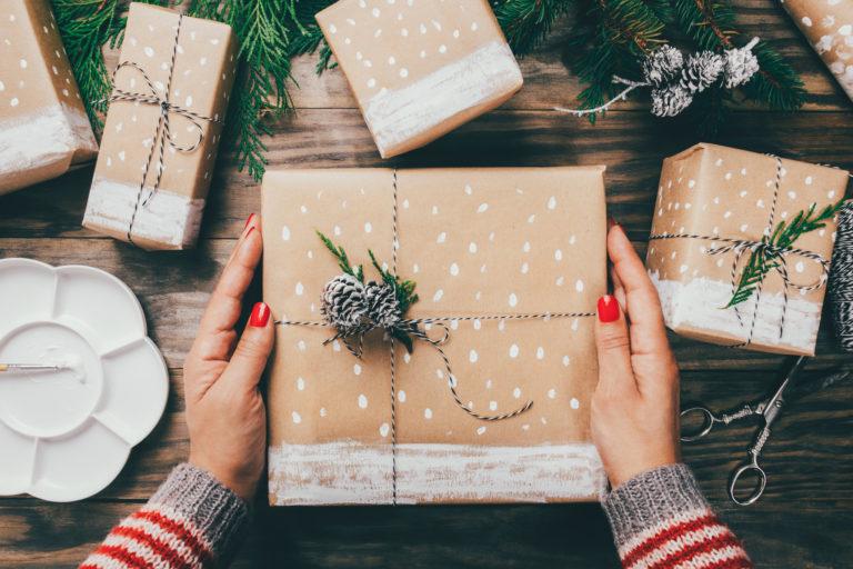 Csináld magad ötletek karácsonyra – Egyszerű DIY díszek, ajándékok és csomagolási módok
