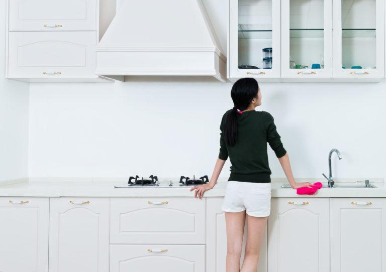 Penész a szekrényben? Íme 5 tipp, ami segít eltüntetni