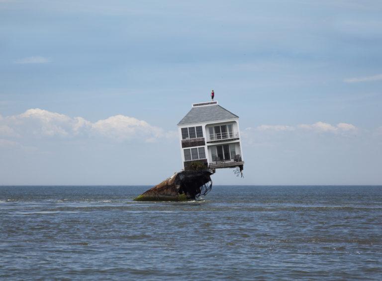 Döbbenetesen furcsa házak a nagyvilágból – Eltöltenél valamelyikben egy hétvégét?