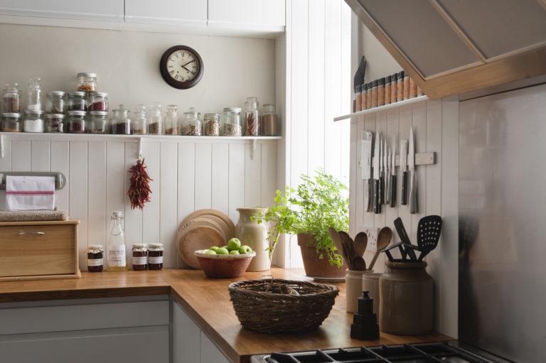 Zöldebb konyhát szeretnél? Ezekkel a benti növényekkel dekorálj!