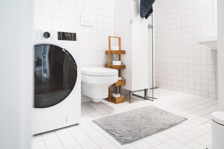 Fehér fürdőszoba – A legjobb trükkök, hogy barátságos és stílusos is legyen