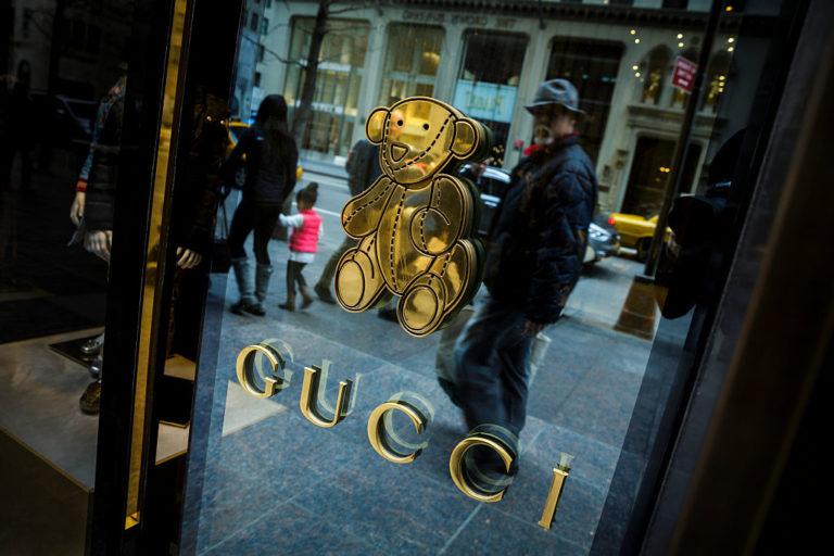 Borzasztóan drága és minimum borzasztó fura – Ezeket a Gucci bútorokat látnod kell