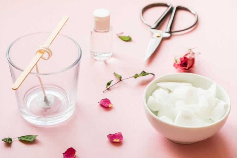 Varázsold a nyarat a lakásodba! – Készíts illatgyertyát házilag