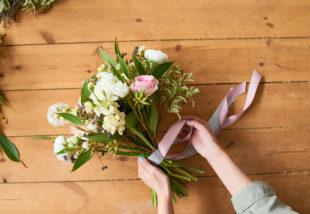 Virágkötés tippek otthonra vagy ajándékba – Így készíts gyönyörű csokrot saját magad