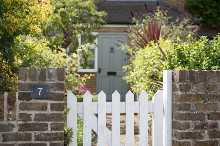 5 érv, ami miatt mindenképp megéri felújítani a kerítést